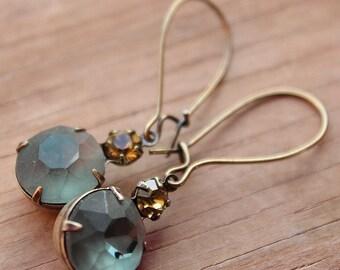 Vintage Swarovski & Glass Earrings - Brass - Kidney Earwires