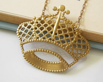 Natural Brass Crown Necklace, Royal, Vintage Brass Chain, Crown Pendant,