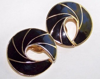 SJK VINTAGE -- Nina Ricci (D'Orlan) Signed Modernist Black Enamel and Gold Clip On Earrings (1980's)