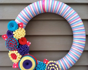 Yarn Wreath - Spring Wreath - Spring Yarn Wreath - Felt Flowers - Easter Wreath - Pastel Wreath - Easter Decoration - Felt Flower Wreath