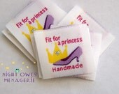"Crown and Shoe ""Fit for a Princess"" Design Flat Woven Clothing Labels set of 25"