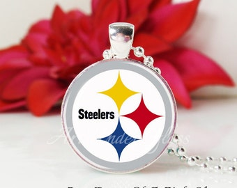 SALE-Round Medium Glass Bubble Pendant Necklace- Pittsburgh Steelers
