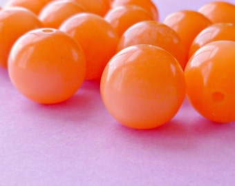 24 Vintage 11mm Shiny Bright Orange Plastic Beads (44-13F-24)