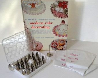 1970 Wilton Cake Decorating Book with Pastry Bags and Tips