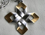Vintage 1970s Designer Trifari Pendant Necklace