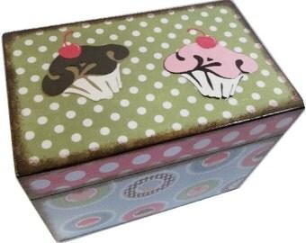 Recipe Box, Wood Recipe Box, Decoupaged Recipe Box,Cupcake Box, Wedding Recipe Box, Bridal Shower Box, Holds 4x6 Cards, MADE TO ORDER