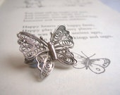 Silver Lace Butterfly vintage brooch - British 1940s - filigree sterling 925