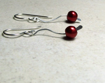 Red pearl earrings sterling silver wavy wire bride wedding brides maid wedding party jewelry simple design