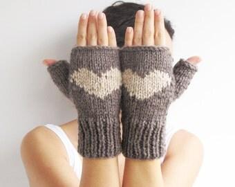 Valentines Day Fingerless Gloves - Mittens Brown - Ecru