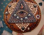 The All-Seeing Eye - Leather & Embroidered Esoteric Brooch