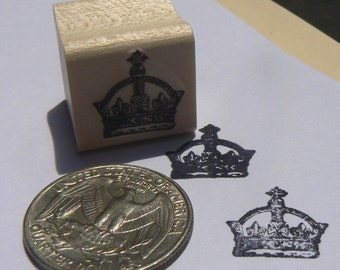 P24 Miniature crown rubber stamp wood mounted