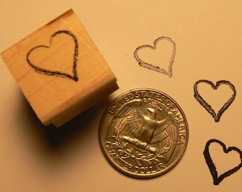 P24 Small heart rubber stamp miniature