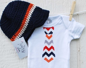 BABY BOY GIFT Set / Chevron Necktie appliqué on navy or white baby bodysuits......... Great baby shower gift