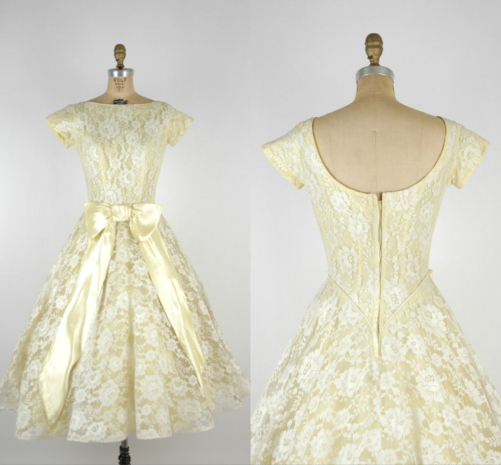 1950s Lace Wedding Dress Vintage Yellow Alternative Wedding