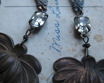 sun flower -- antique religious Mary deco crystal flower stamping dangles