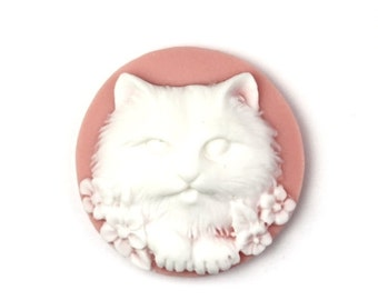 Cameo Kitty Cat and Flowers Resin Pink and White 25mm (3) IC090