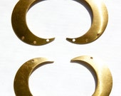 4 Hole Raw Brass Crescent Left and Right Pendant Hoops (4) mtl110