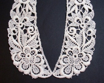Lace Collar, Matte Ivory Venice Lace Applique Collar, Set of 2 Pieces