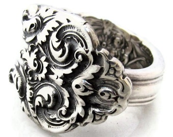 French Renaissance Sterling Silver Size 6 - 8 Spoon Ring