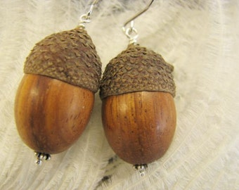 Acorn wood earrings. delicate earrings adorned with wood bead and real acorn hat. sterling silver hook rhodinated.