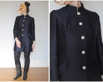 Vintage 60s Sleek Navy Blue A-Line Mod Jacket with White Buttons and Mandarin Collar by Lilli Ann | Small