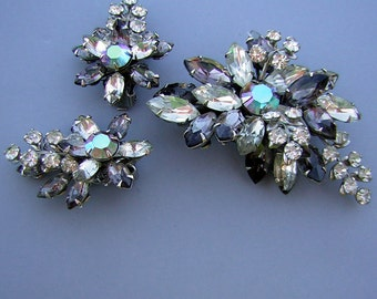 Earrings Brooch Set Vintage 50s 60s Rhinestone Demi Parure Juliana D & E Gray and AB