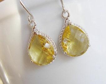 Light Yellow Earrings, Silver Earrings, Dainty Earrings, Pale Yellow Glass, Bridesmaids Earrings, Wedding Jewelry