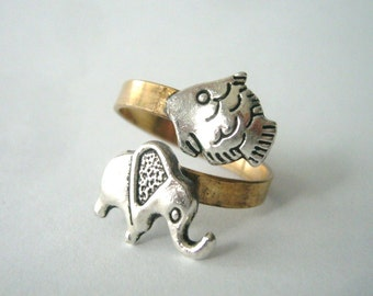 elephant ring with a fish, adjustable ring, animal ring, silver ring, statement ring