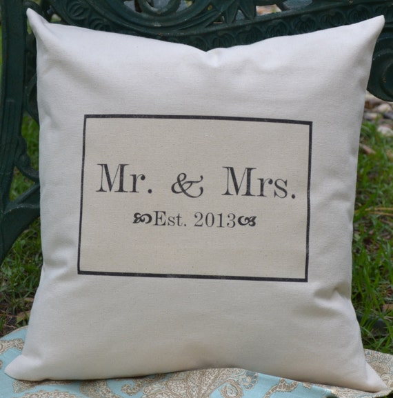 Personalized pillow  Mr. & Mrs pillow  ampersand  pillow cover - Anniversary Date Wedding date