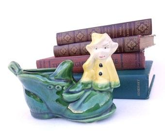 Vintage Planter Ceramic 40s 50s Small Green Shoe Yellow Elf