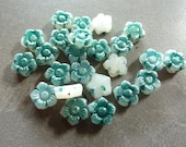 Vintage Green Star Flower 8mm Glass Beads (12)