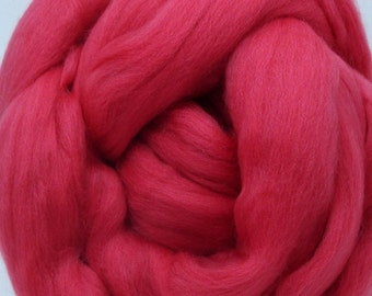 4 oz. Merino Top for Spinning - Floral Coral Reef