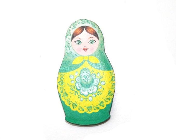 Russian Doll Brooch, Green Illustration, Wood Jewelry, Matryoshka Brooch