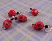 10mm hot pink skull stitch markers