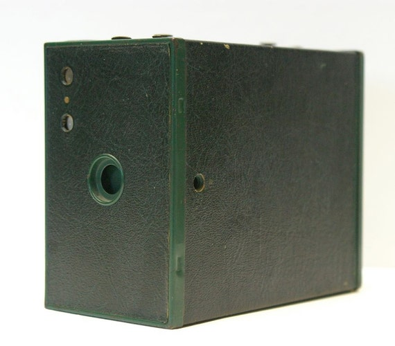 Vintage Kodak Green Brownie Number 2a Model C Box Camera