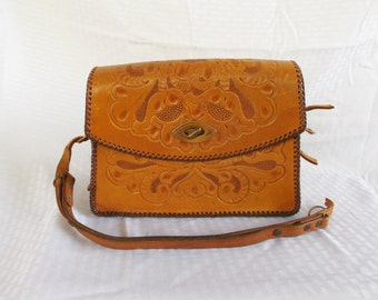 Clearance 1950's Vintage Tooled Leather Purse TLC