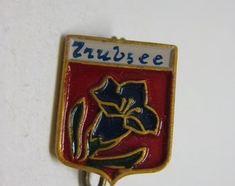 Zrubsee Flower Brooch Vintage Blue Red Pin