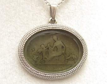 Vintage Necklace Glass Intaglio Cupid Psyche Love Birds N5074