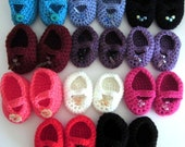 18 inch doll shoes, handmade Mary Janes, choice of several colours , crochet doll clothes, doll slippers, doll accessories, preemie shoes