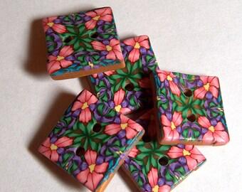 Millifilori Floral Button No. 197