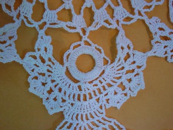 Poinsettia Angel Doily Crochet Pattern PDF by Maggiescrochet
