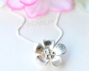 SALE Poppy Necklace