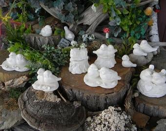 Love Foxes  Cake Topper Wedding in a tree stump W heart - White Glazed    Ceramic  Glazed Fox couple decoration