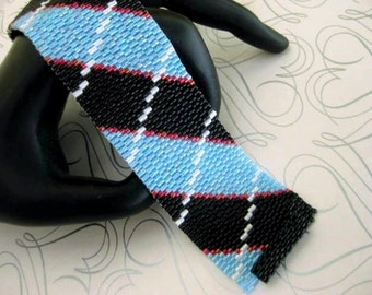 Peyote Bracelet  / Plaid Bracelet / Beaded Bracelet in Black, Blue, White and Red (Made To Order)  Striped Bracelet / Seed Bead Bracelet