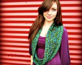 In The Loop Knitted Cowl Pattern