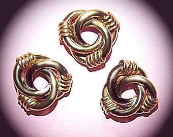 Vintage 4 Brass Ornate Love Knot 20MM Findings FL8