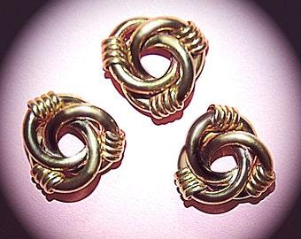 Vintage 4 Brass Ornate Love Knot 20MM Findings FL8
