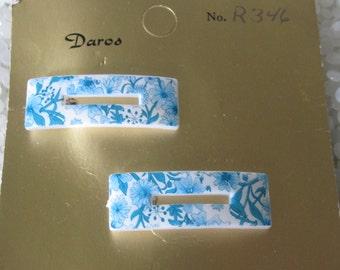 vintage barrette,white with blue flowers transfer fun shape