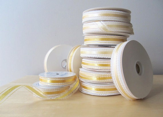 100 yards vintage yellow lace ribbon gift wrap supplies new old stock