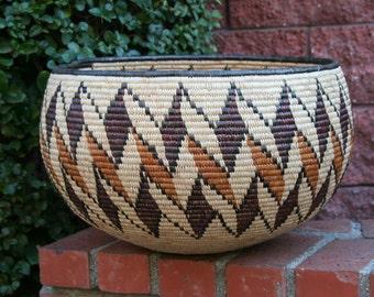 """African Zulu Basket Vintage - 12"""" H X 17"""" D X 62""""C"""